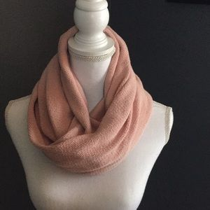 Groceries organic cotton infinity scarf pink